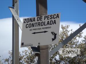 Zona de pesca controlada, sent by: El Andarrios