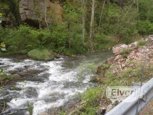 El río en junio tiene mucha agua, enviado por: El Andarrios