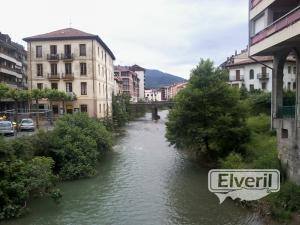 Rio Urola (Azpeitia) Gipuzkoa, sent by: Iñigo (Not registered)
