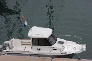 Embarcación de recreo para pesca y excursiones, sent by: Francisco (Not registered)