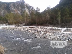 ex-rio esera, sent by: juan jose narvaez solano (Not registered)