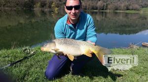 Carpa pescada en Roda de ter, sent by: adihaisuc