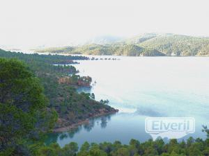 vista del embalse, sent by: trucho
